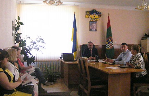 У Глибоці обговорили пропозиції щодо святкування Дня Конституції