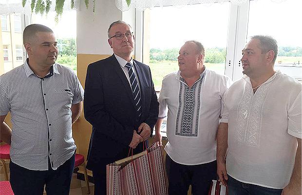 На запрошення польських колег Глибоцька делегація відвідала місто Наролі
