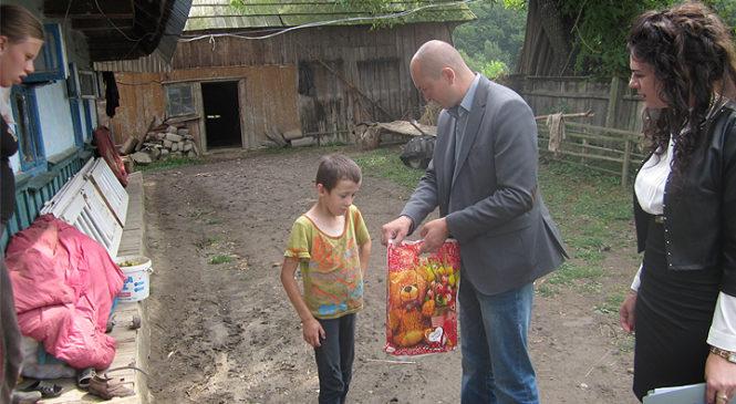 В Глибоцькому районі відбулась акція «Школярик»