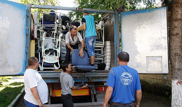 Глибоцькій районній лікарні передали медичне обладнання на 18 тисяч євро