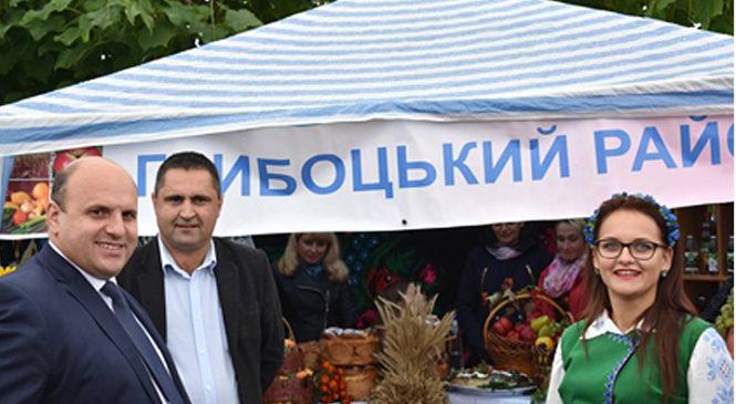 Глибоччина взяла участь у виставці-ярмарці «Буковинська осінь-2017»