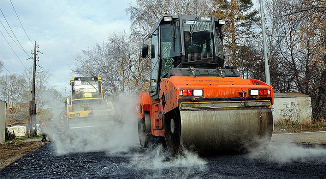 На дорогах Глибоччини продовжуються ремонтні роботи