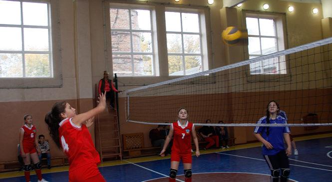 Глибоцька ДЮСШ провела турнір з волейболу, присвячений Дню Козацтва