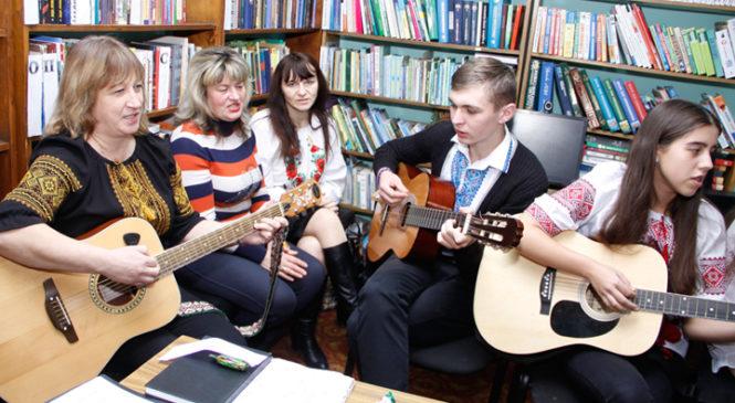 Студенти з української діаспори зустрілися з молоддю Глибоччини