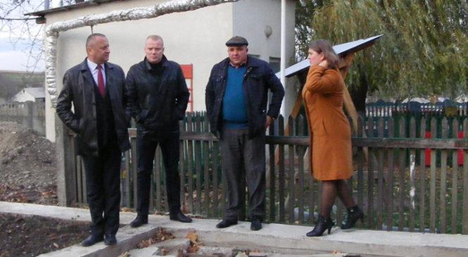 Керівництво Глибоцького району відвідали села Луківці та Корчивці
