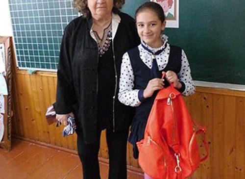 Американська письменниця Кора Шварц з Нью-Йорка вже втретє відвідала Буковину та Глибоцький ліцей