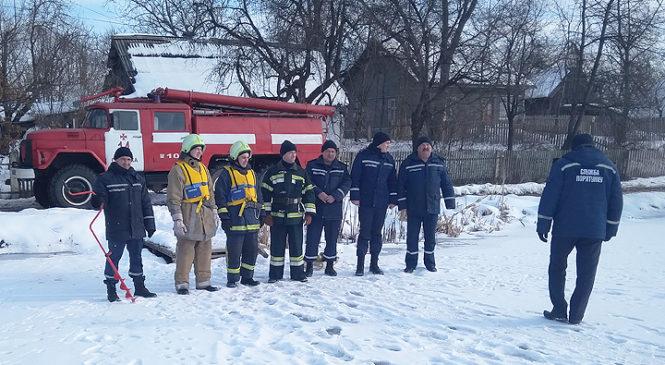 Глибоцькі рятувальники провели навчання з порятунку людей на воді
