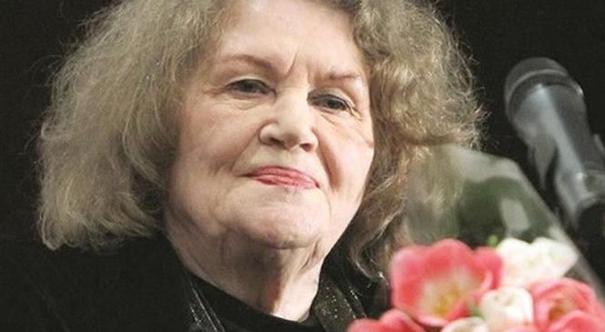 Поетеса Ліна Костенко сьогодні святкує День народження