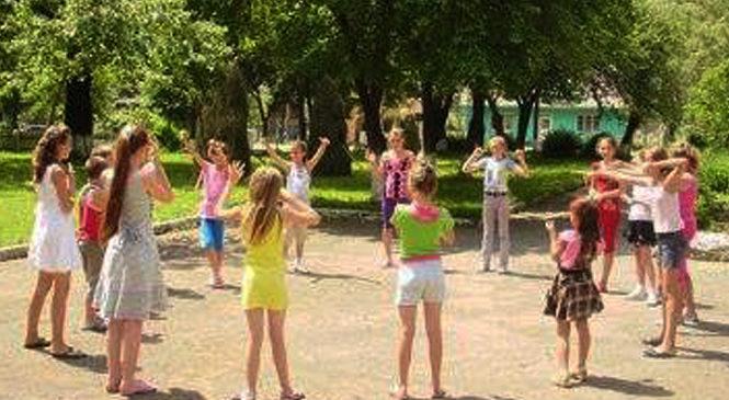 Голова Глибоцької РДА відвідав дитячий табір «Вогник Буковини»