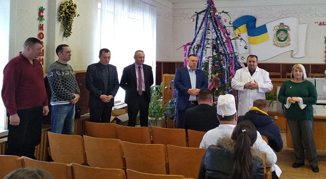 Народний депутат посприяв отриманню ком'ютерної техніки для медицини Глибоцького району