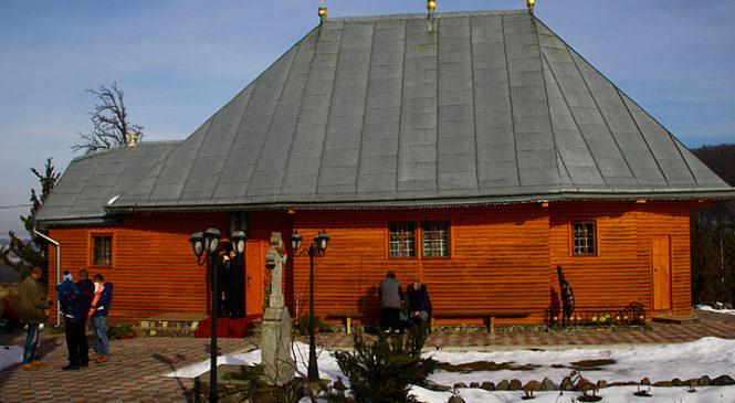 Громада села Червона Діброва зробила свій вибір щодо переходу до Православної Церкви України