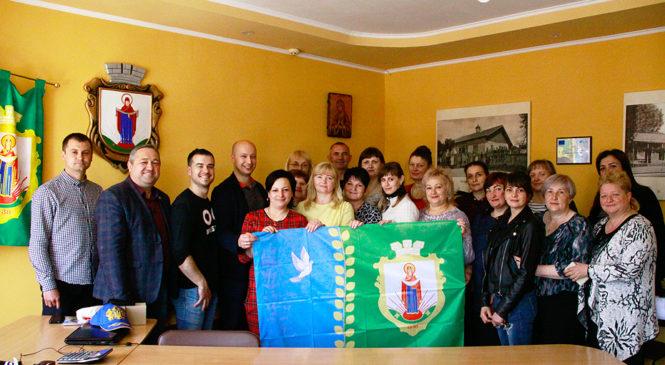 Волонтер Корпусу миру Ділан Рубі два роки  допомагав розвивати Глибоцьку громаду