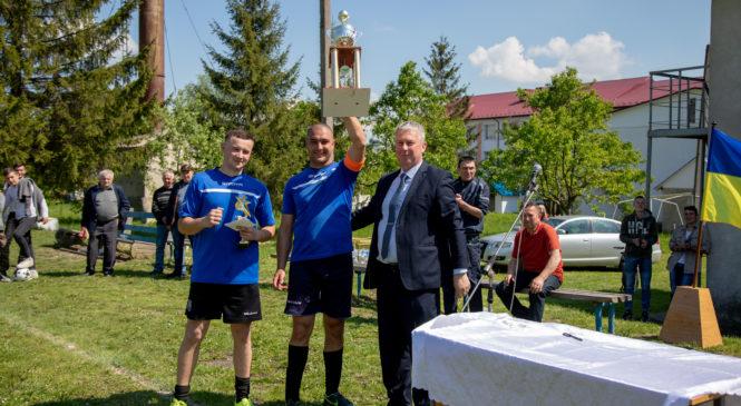 традиційний футбольний турнір пам'яті загиблих спортсменів  ФК «Вовчинець»