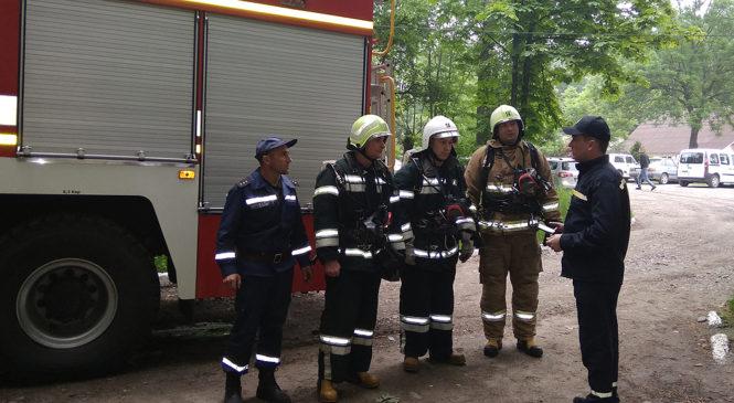 Підрозділ ДСНС провів тактичні навчання на території Глибоцького районного комунального некомерційного підприємства «Глибоцька ЦРЛ»