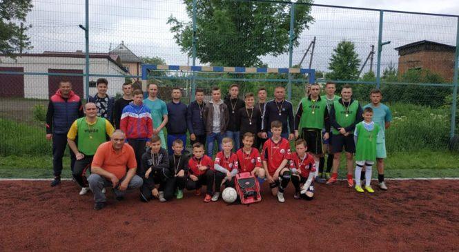 Турнір з футболу між учнями закладів освіти району та працівниками Глибоцького РВ національної поліції