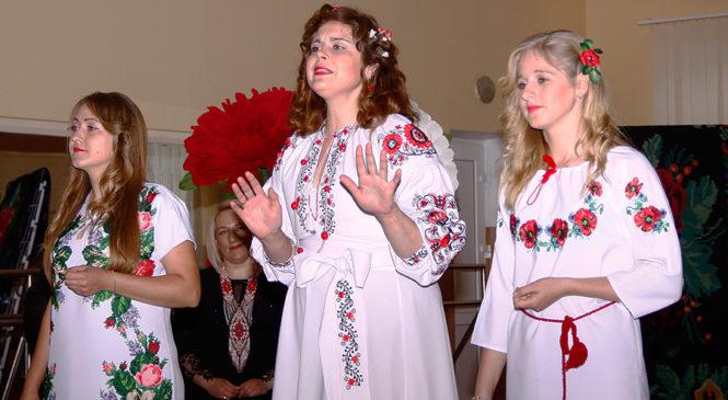 Будинок творчості та дозвілля села Турятка у рамках Буковинської театральної весни