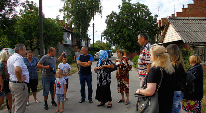 Продовжуються робочі зустрічі і консультації з громадкістю в Глибоці