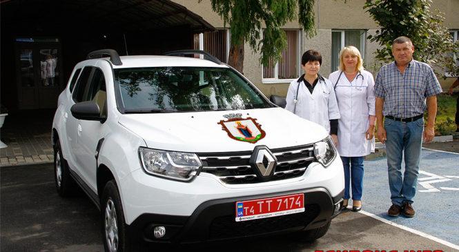 Центр первинної медичної допомоги Глибоцької ОТГ отримав новий позашляховик