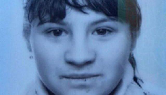 УВАГА! Поліція Буковини просить допомогти розшукати неповнолітню жительку села Молодія