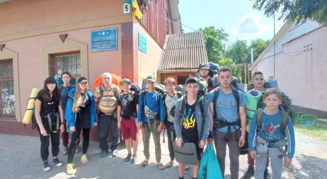 Змістовні канікули вихованців Глибоцького центру туризму