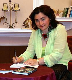 Депутати обласної ради проголосували за присвоєння звання «Почесний громадянин Буковини» письменниці Марії Матіос
