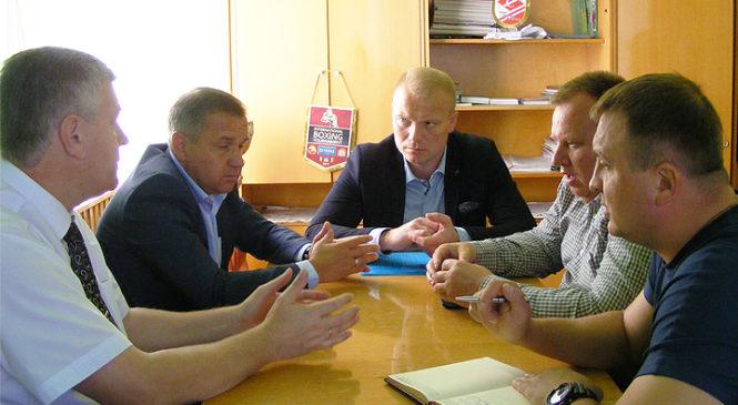 Посадовці обговорили завершення будівництва Йорданештської школи