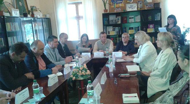 У Глибоці відбувся круглий стіл на тему «Заклади культури в умовах децентралізації»