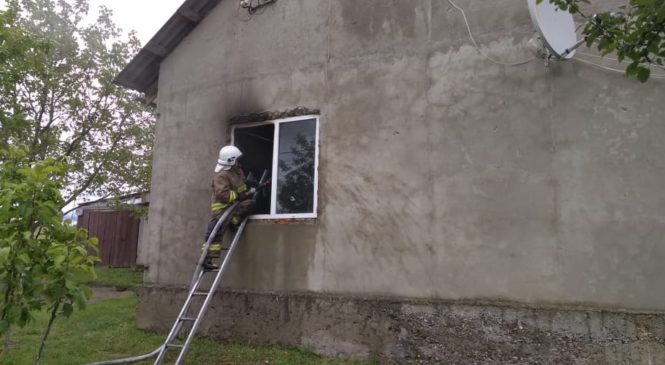Пожежа у Глибоці виникла у приміщенні кухні житлового будинку