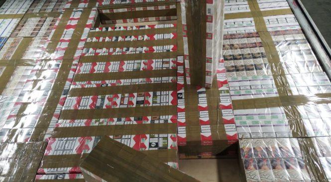 Чернівецькі митники ДФС та співробітники УСБУ в Чернівецькій області блокували канал незаконного переміщення тютюнових виробів