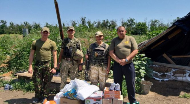 З Божою допомогою волонтери Глибоччини повернулися із зони війни