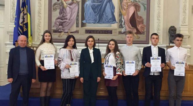 Стипендію від глави держави отримуватиме учениця 10 класу Купського НВК №2 Анна-Рената Дулгер