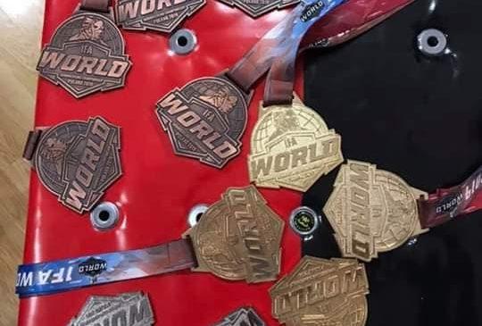 Спортсмени армрестлінгу з Глибоцького району на чемпіонаті світу у Польщі  здобули П'ЯТЬ медалей