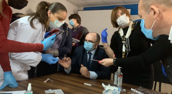 Сімейних лікарів навчали роботі на випадки COVID-19