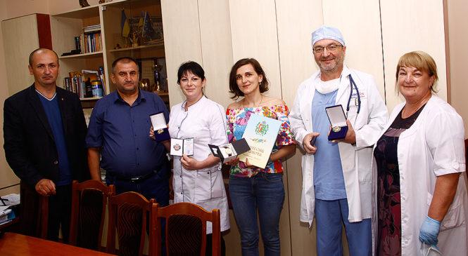 Почесні нагороди – медикам Глибоччини