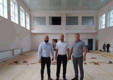 Керівництво Глибоцької РДА відвідало добудову школи у с. Кам'янка