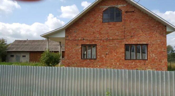 Продається господарство у селі Опришени Глибоцького району