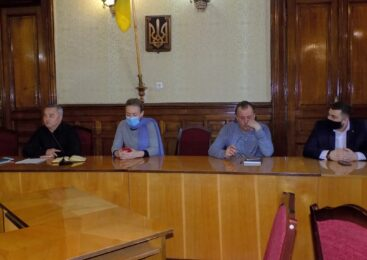Голова Чернівецької районної ради – Руслан Домніцак провів нараду з членами комісій з реорганізації районних рад