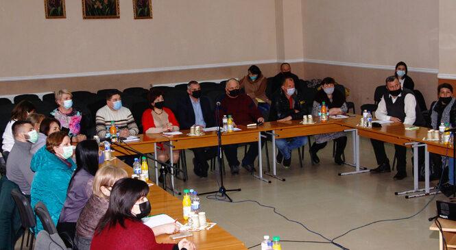 «Круглий стіл» з питань оптимізації закладів освіти відбувся на Глибоччині