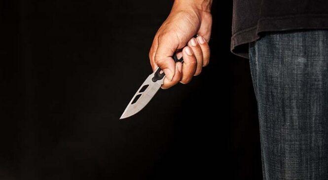 На Буковині правоохоронці затримали чоловіка, який наніс ножове поранення дільничному офіцеру поліції